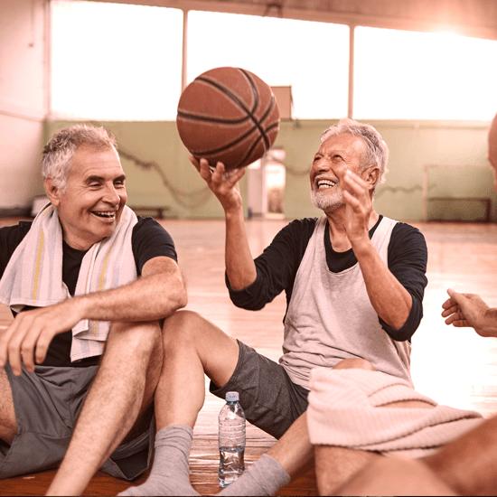 Point santé : Comment éviter les blessures avec l'âge?